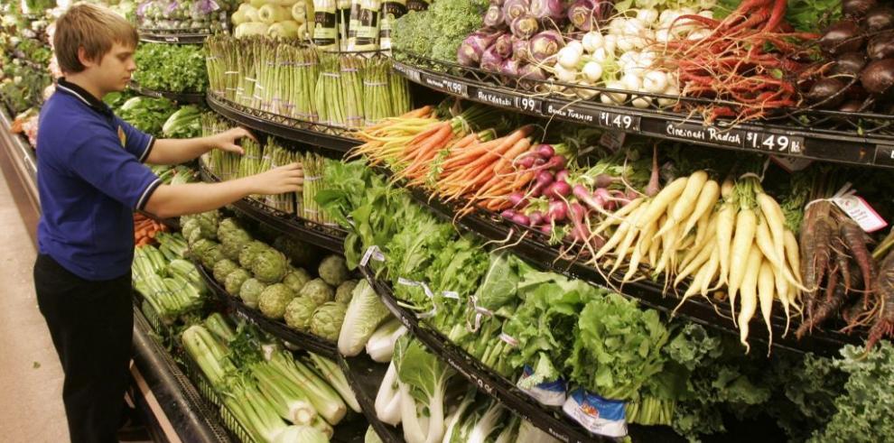 Panameños ahorran $38.66 de julio a septiembre en productos alimenticios