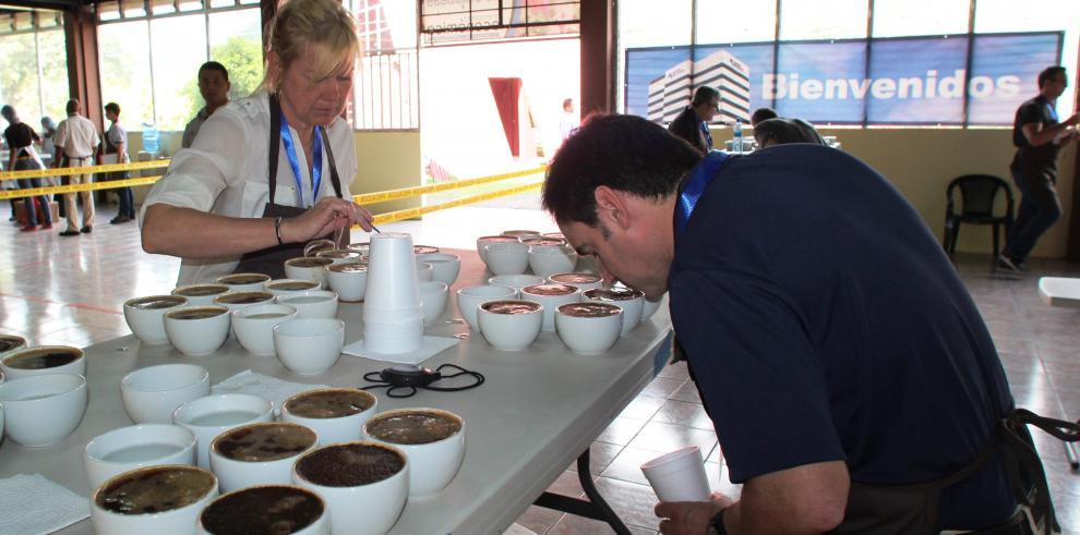 Ricardo Koyner fue elegido productor de café del año en Panamá