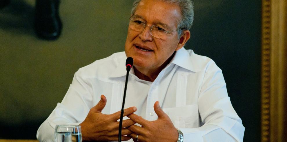 Presidente electo de El Salvador viaja a EE.UU. para reunirse con Kerry