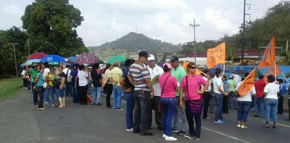 Despejan cierre de vía Interamericana en La Chorrera