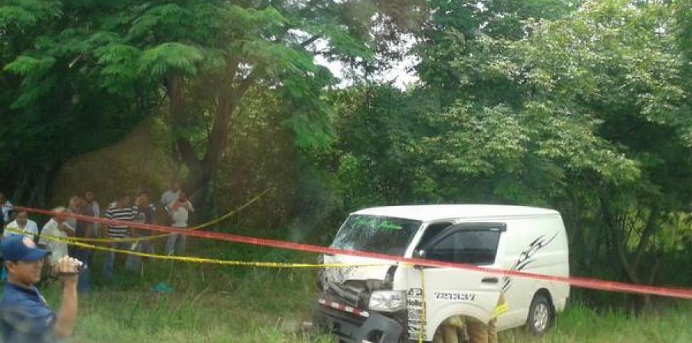 Un muerto y tres heridos en accidente en Antón