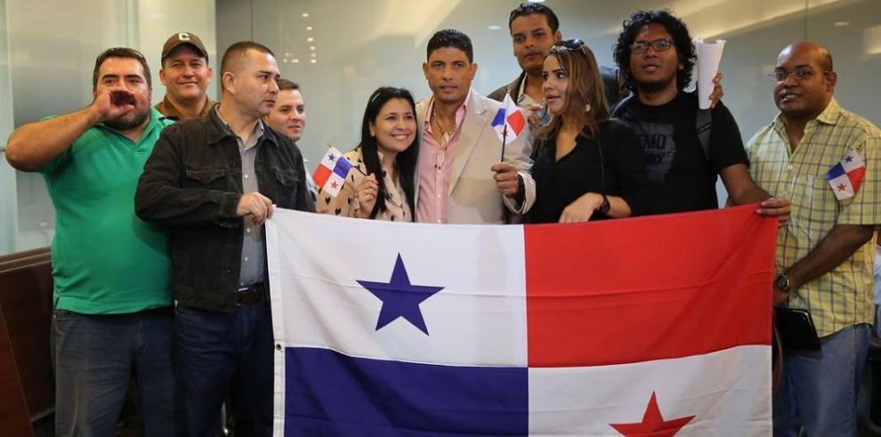 Jóvenes piden agilizar proyecto migratorio