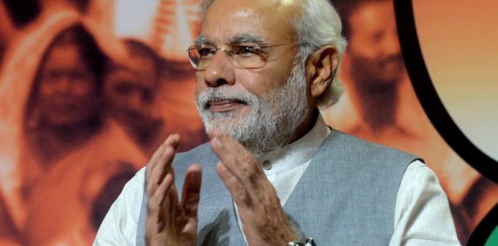 Nuevo presupuesto de la India busca reducir déficit