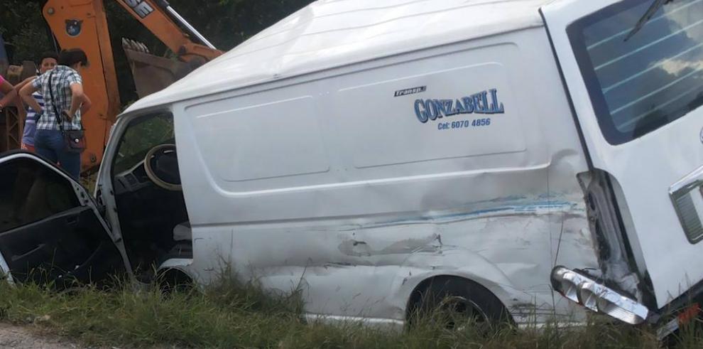 Cuatro heridos deja accidente en Colón