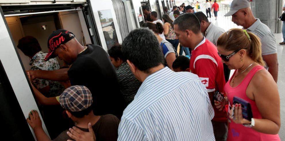 Unos 170 mil pasajeros viajan al día en el Metro de Panamá