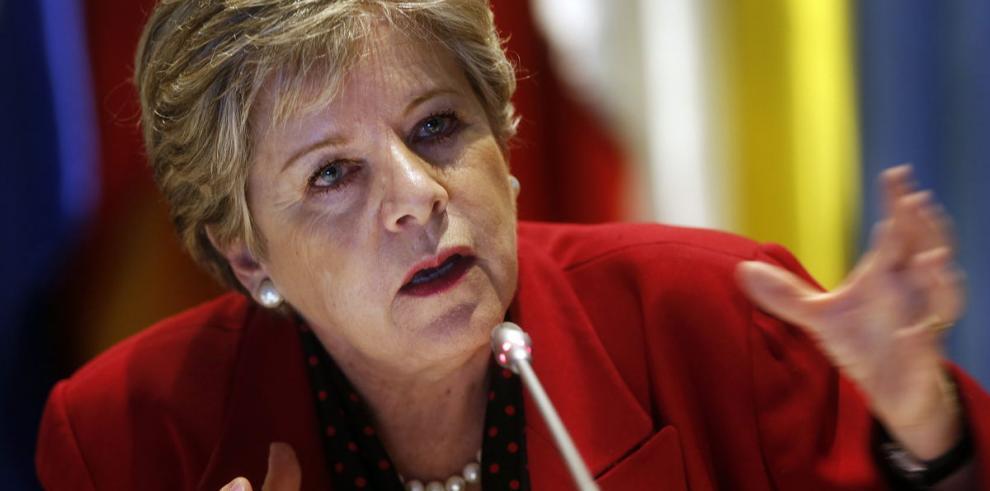 Cepal apoya las reformas de Bachelet