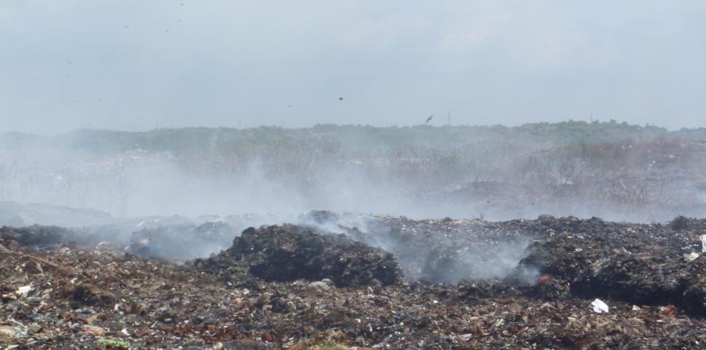 Humo tóxico afecta a los santiagueños