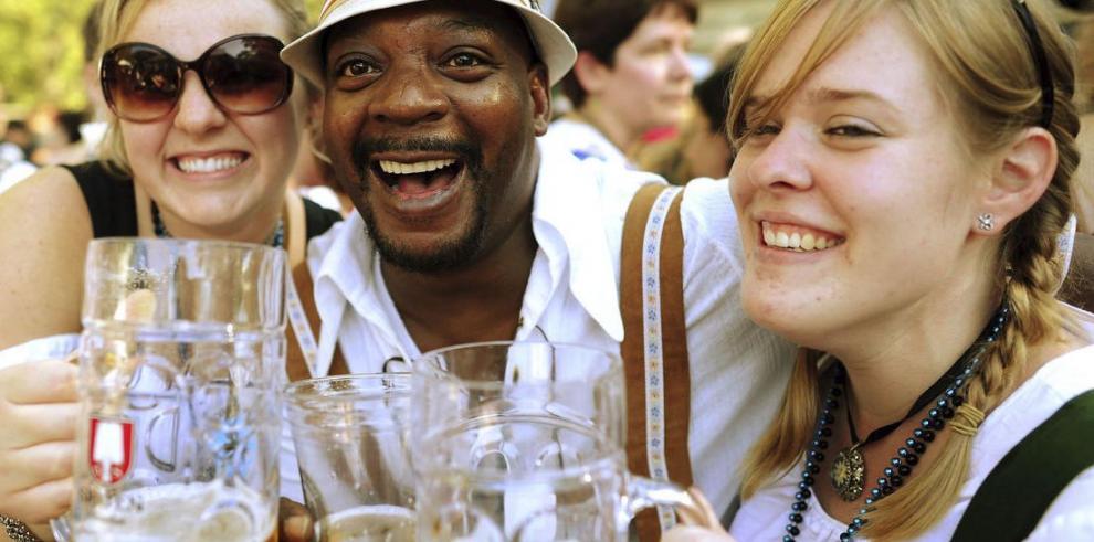 Millones en la fiesta de la cerveza
