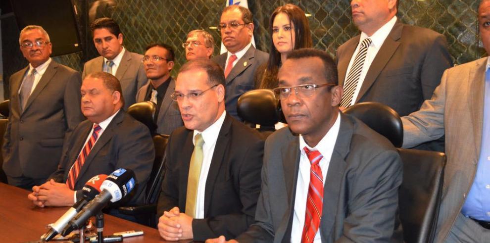 PRD consolida su bancada legislativa