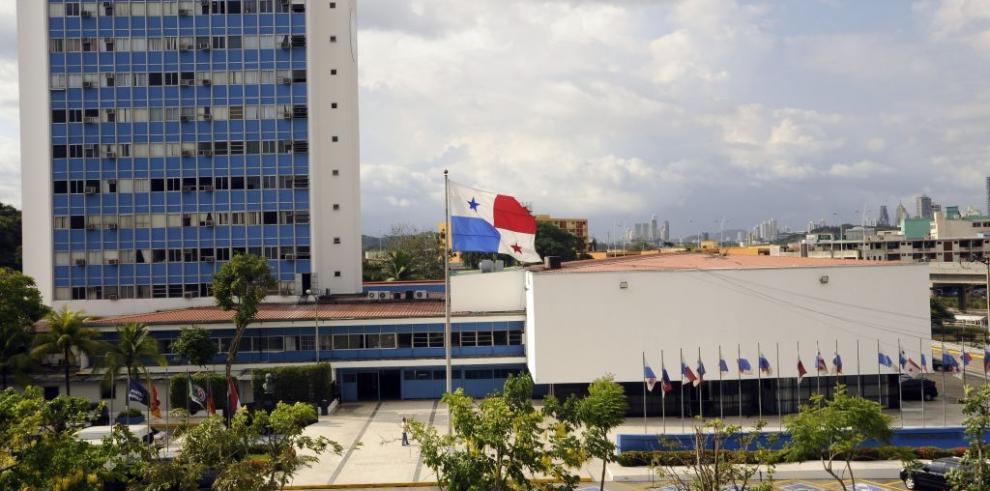 Asamblea Nacional aprueba ley que regula la archivología como profesión