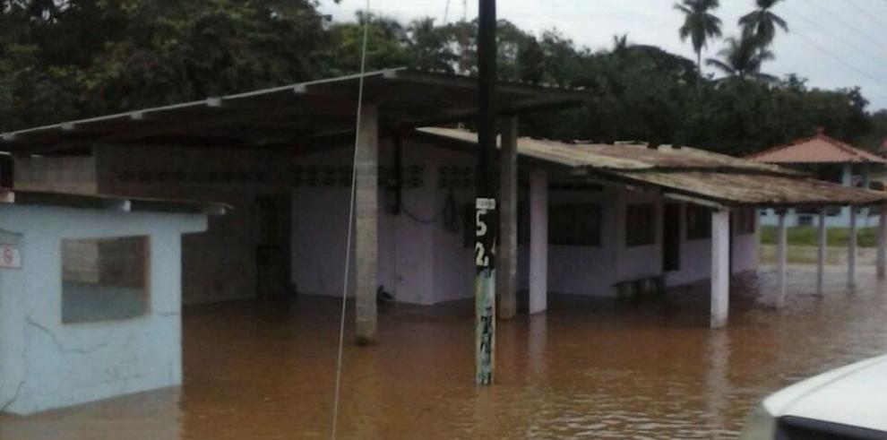 Lluvias dejan 218 afectados en Los Santos