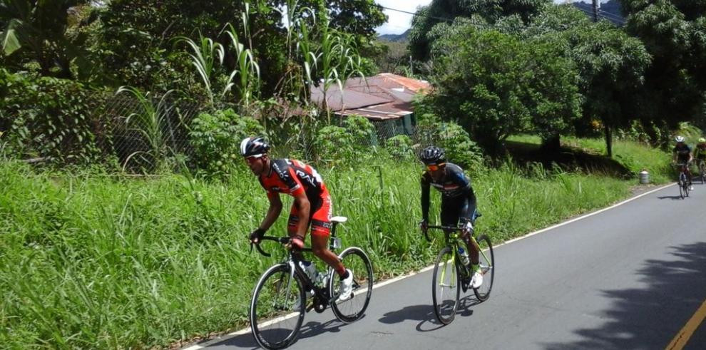Yelko Gómez gana etapa de montaña en el Tour de Panamá