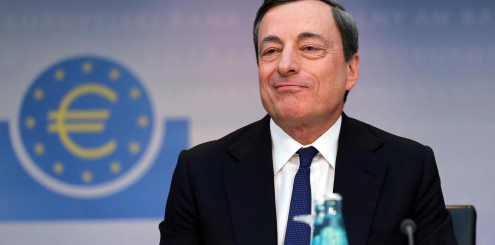 Draghi crea frente contra la deflación