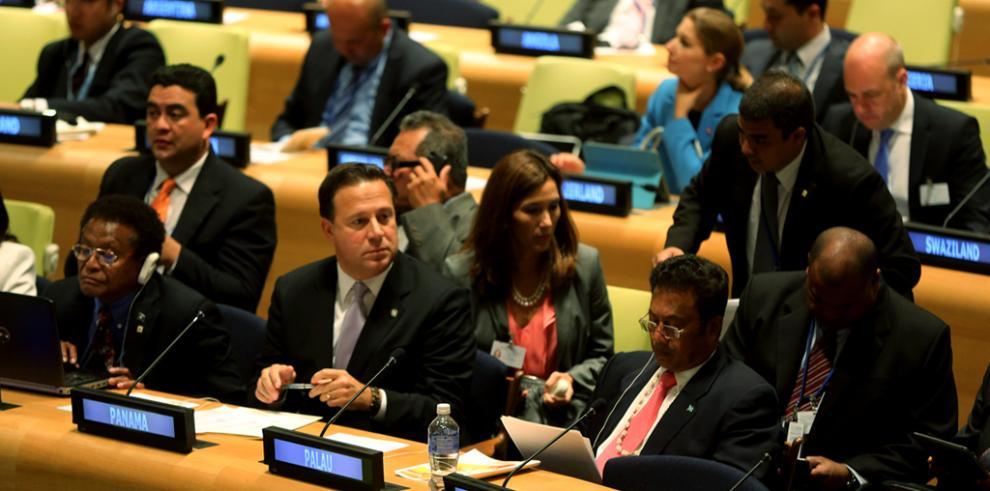 Varela pide a EE.UU.cooperación para monitorear la calidad del agua