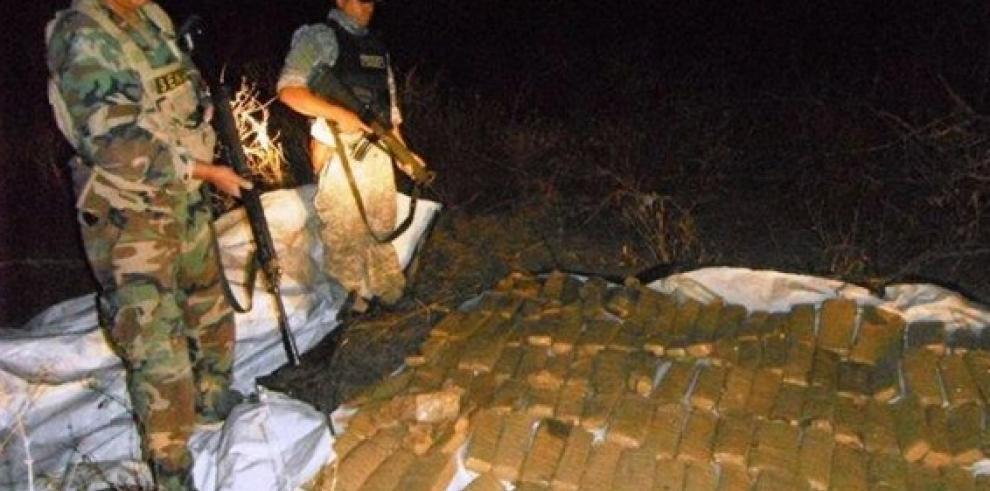 Decomisan 700 kilos de marihuana a traficantes bolivianos