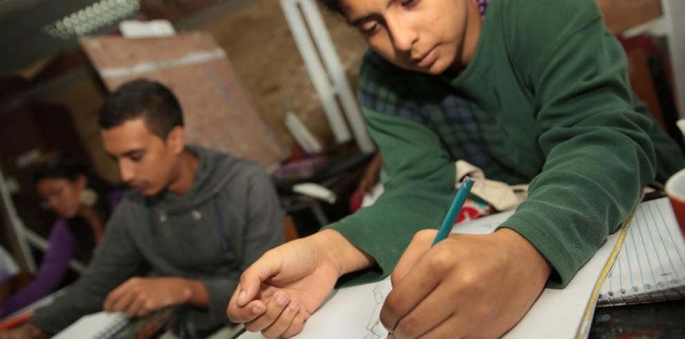 Incrementan empleos para los estudiantes de negocios