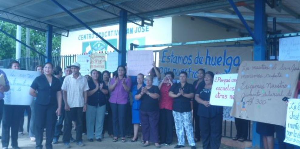 Educadores chiricanos pendientes de acuerdo firmado con MEDUCA