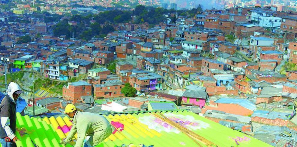 Santos: economía de Colombia crecerá 5%
