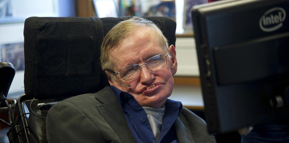 Stephen Hawking se suma al