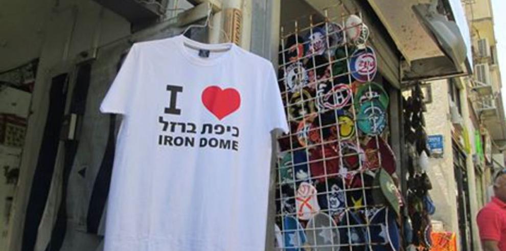 Gaza: cesa el fuego y surge la 'guerra de las camisetas'