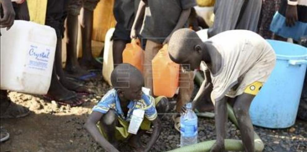 Más de cien niños evacuados en Sudán