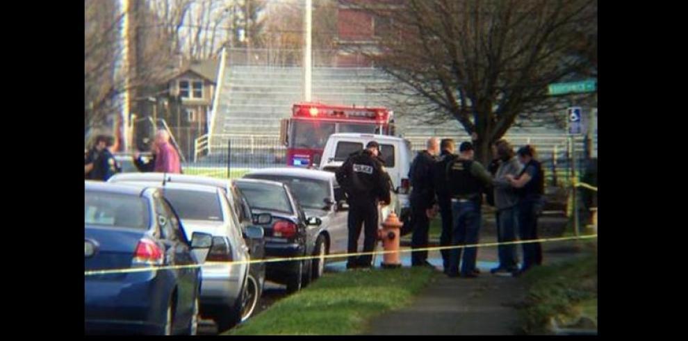 Tiroteo en escuela del noroeste de EEUU deja 3 heridos