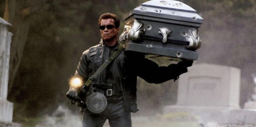 Schwarzenegger y Cameron rendirán homenaje a Terminator por sus 30 años
