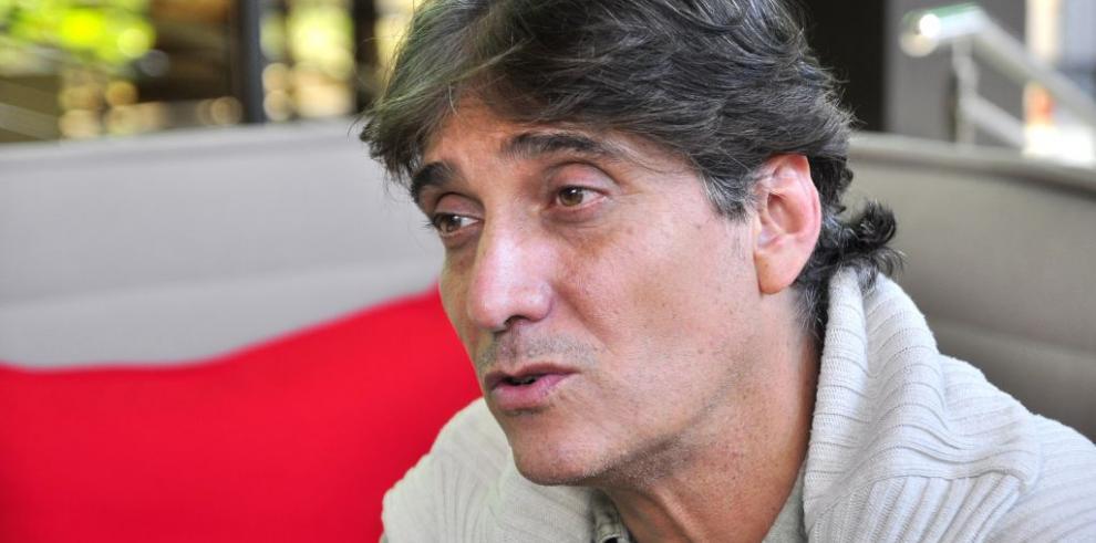 Guillermo Dávila sale del hospital