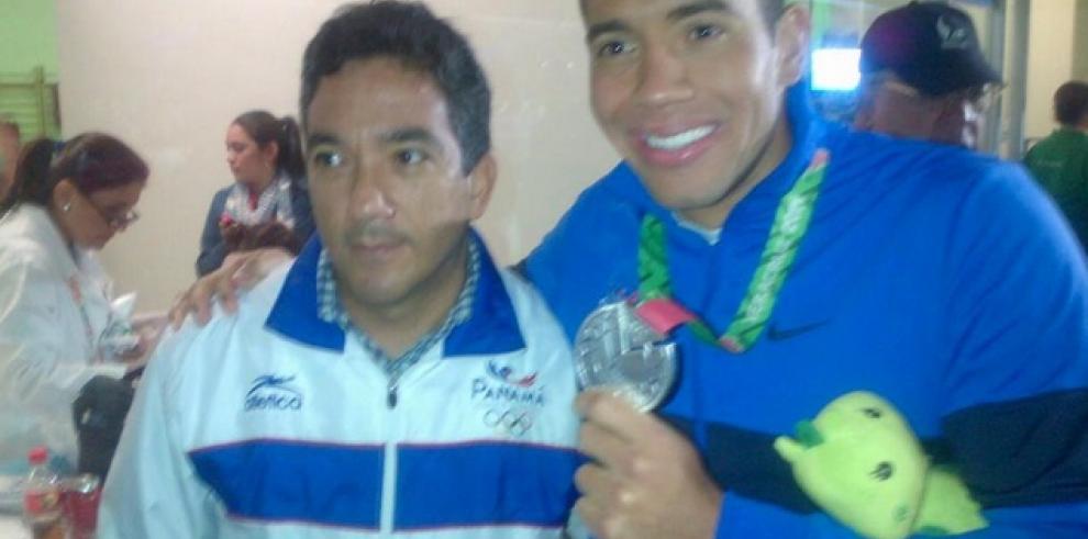 Edgar Crespo gana medalla de Plata en Juegos Centroamericanos y del Caribe