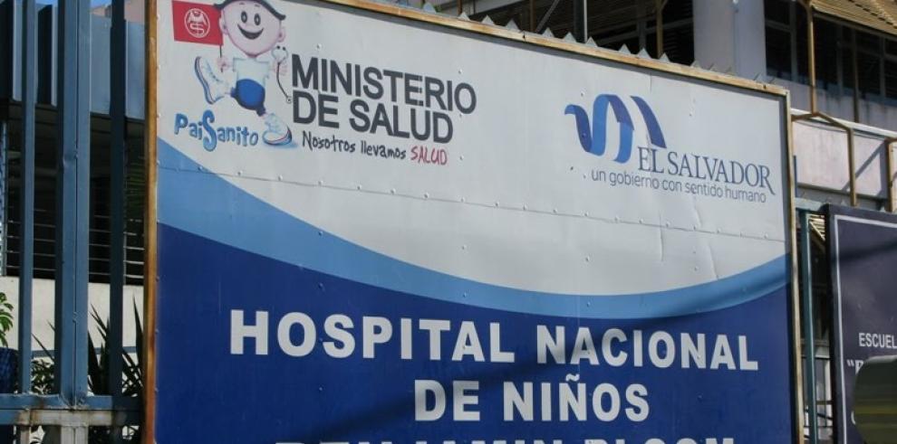 Nacen siamesas unidas por el abdomen en El Salvador
