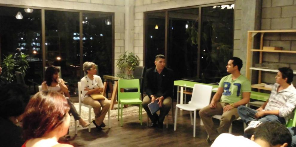 Un espacio abierto y amigable para dialogar