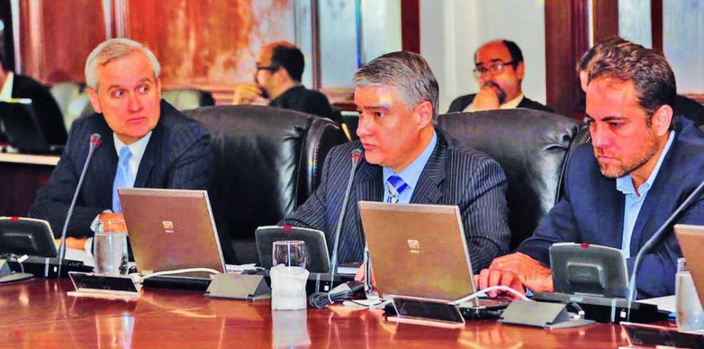 Gobierno, retrasado en el debate sobre el Presupuesto del Estado