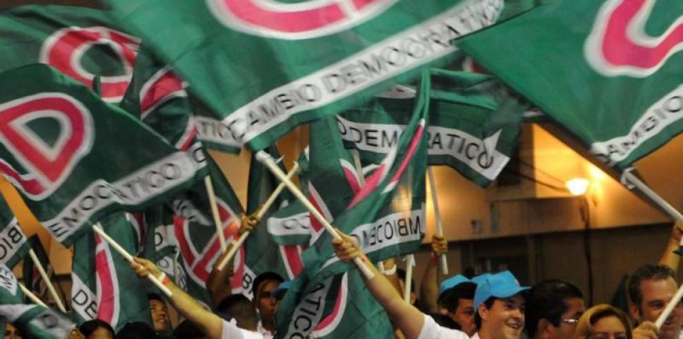 Roux advierte acciones de Cambio Democrático tras impugnaciones