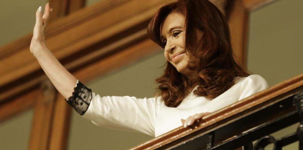 Hospitalizan a la presidenta de Argentina,Cristina Fernández