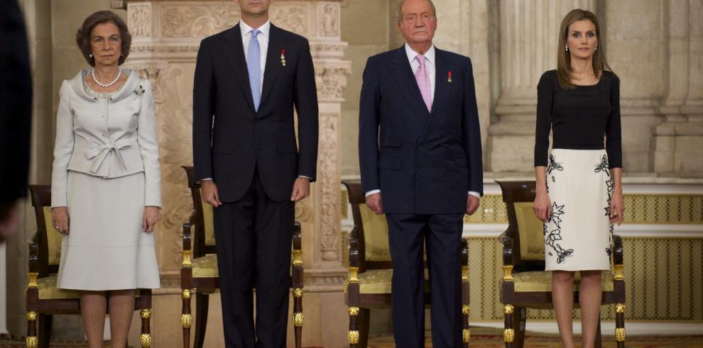 Rey Juan Carlos y reina Sofía se divorcian: prensa europea