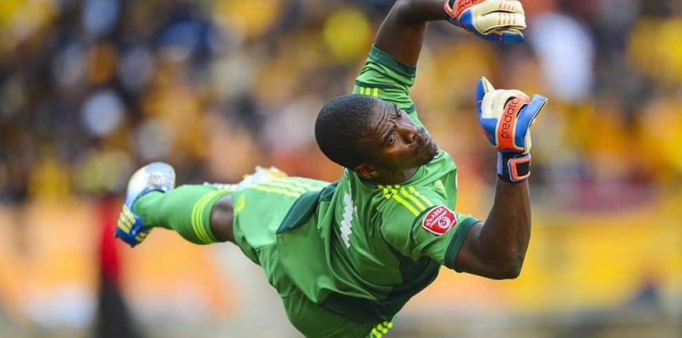 Asesinan a portero de la selección de Sudáfrica