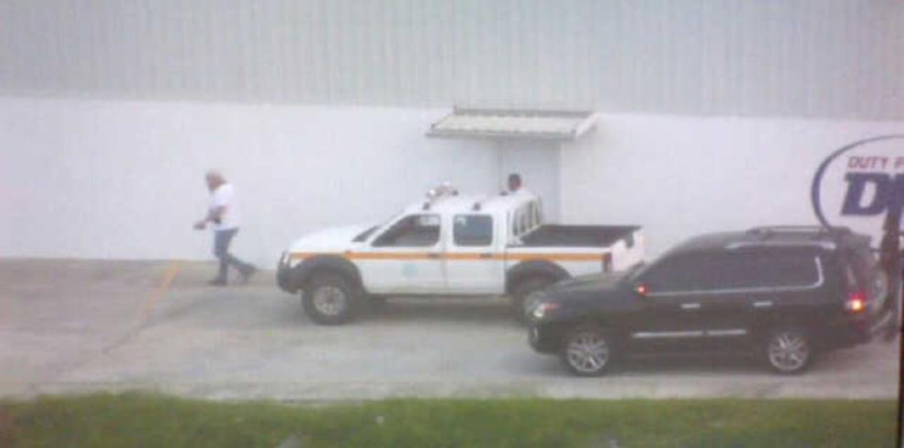 Martinelli irrumpió en aeropuerto de Albrook