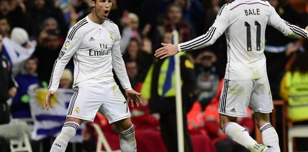 Ronaldo brinda triunfo al Real y logra otro récord