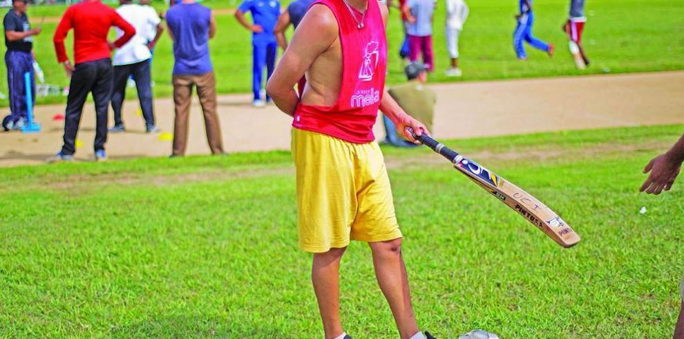 Cricket busca camino en nación de béisbol
