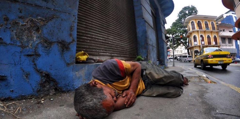 Leve reducción en índice de pobreza