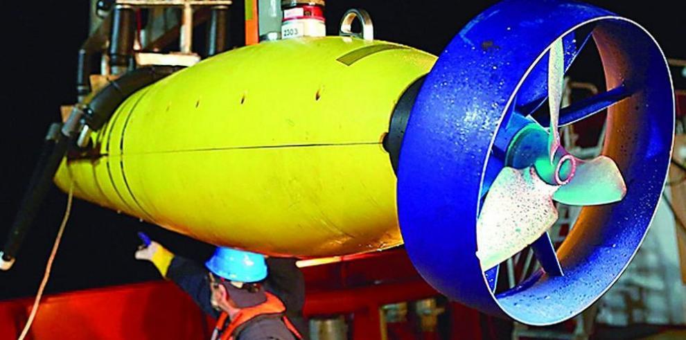 Reanudan búsqueda submarina del MH370