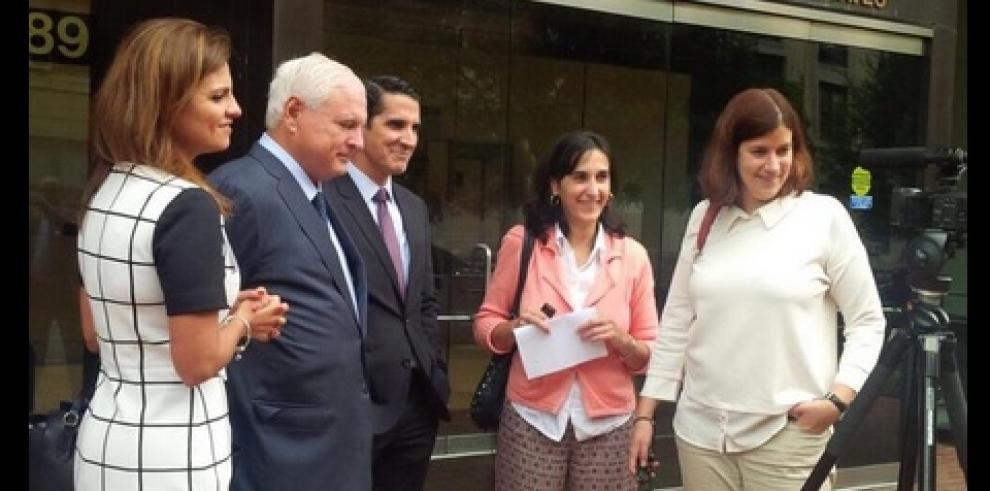 Expresidente Ricardo Martinelli acude a la CIDH para presentar denuncia