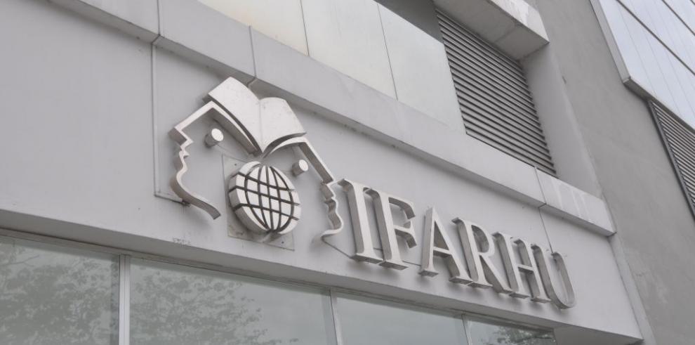 IFARHU y la Embajada Británica firman convenio de cooperación educativa