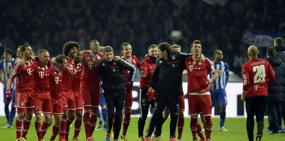 Bayern Múnich logra un título con récord