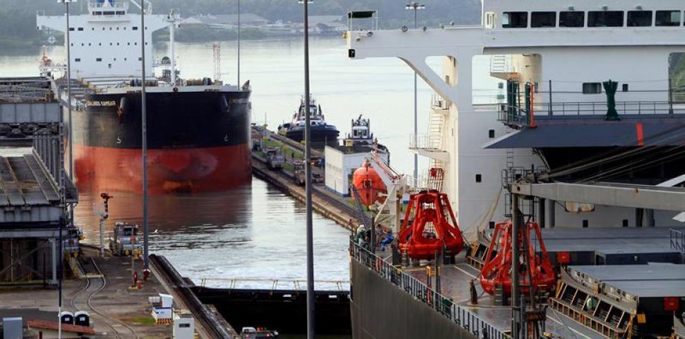Submarino peruano cruza el canal cien años después que el Teniente Rodríguez