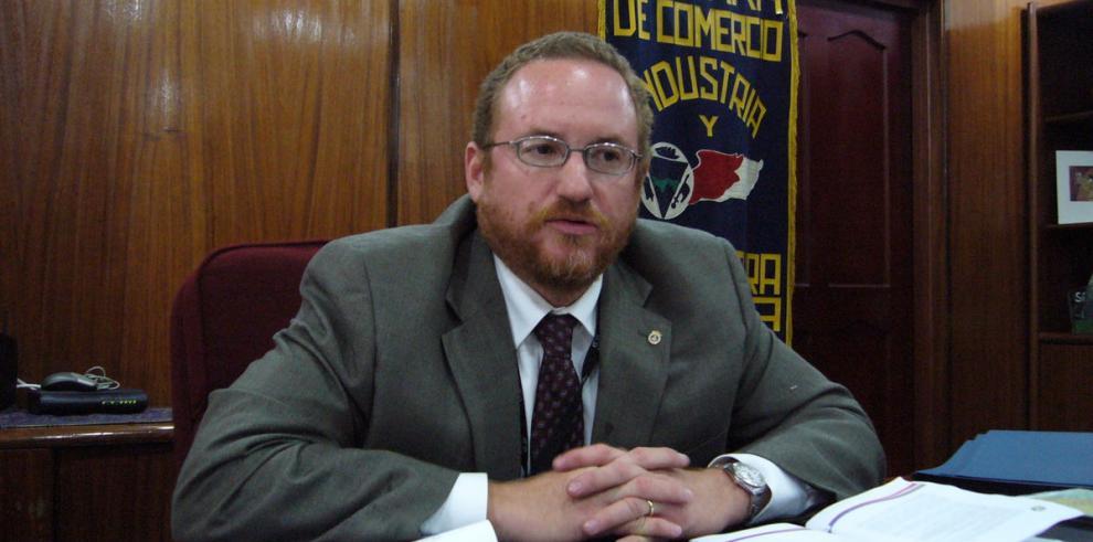 Colombia no debe intimidar a Panamá