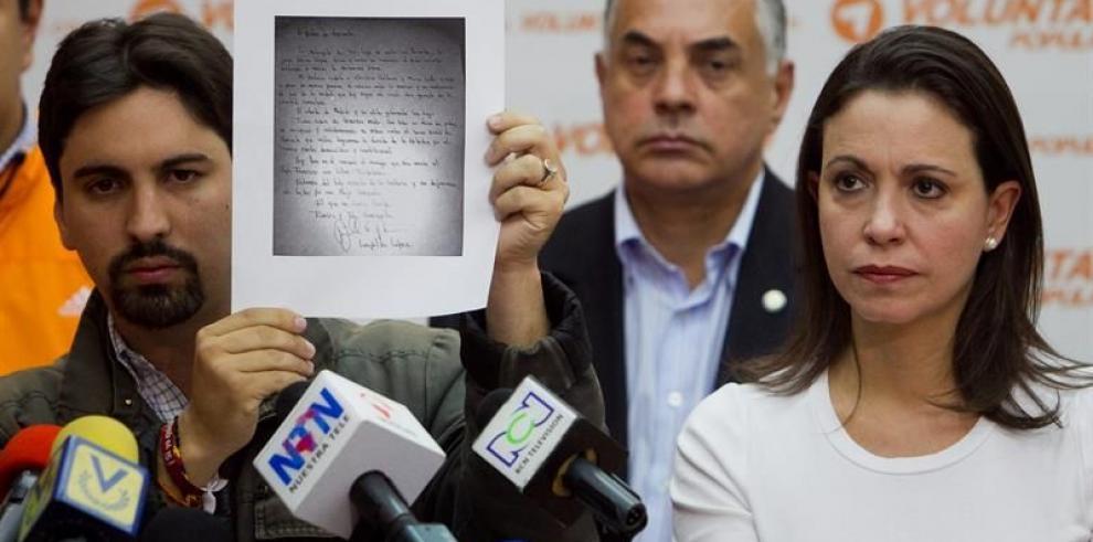 Machado asistirá a Fiscalía y denuncia amenazas de muerte