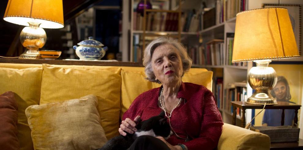Elena Poniatowska levantará un Cervantes