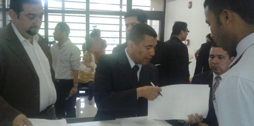 Pugna interna del PRD llega al Tribunal Electoral
