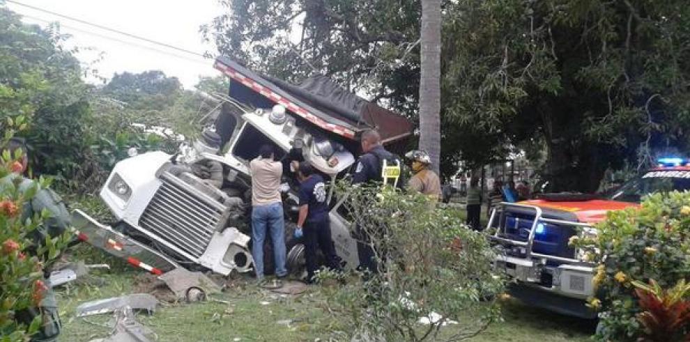 Se reporta accidente Las Uvas de San Carlos